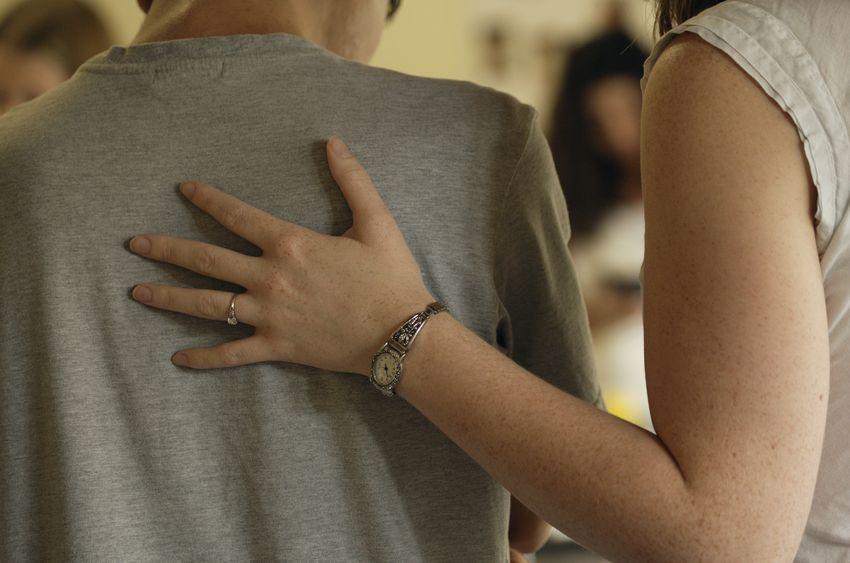 7192025 - a guiding hand